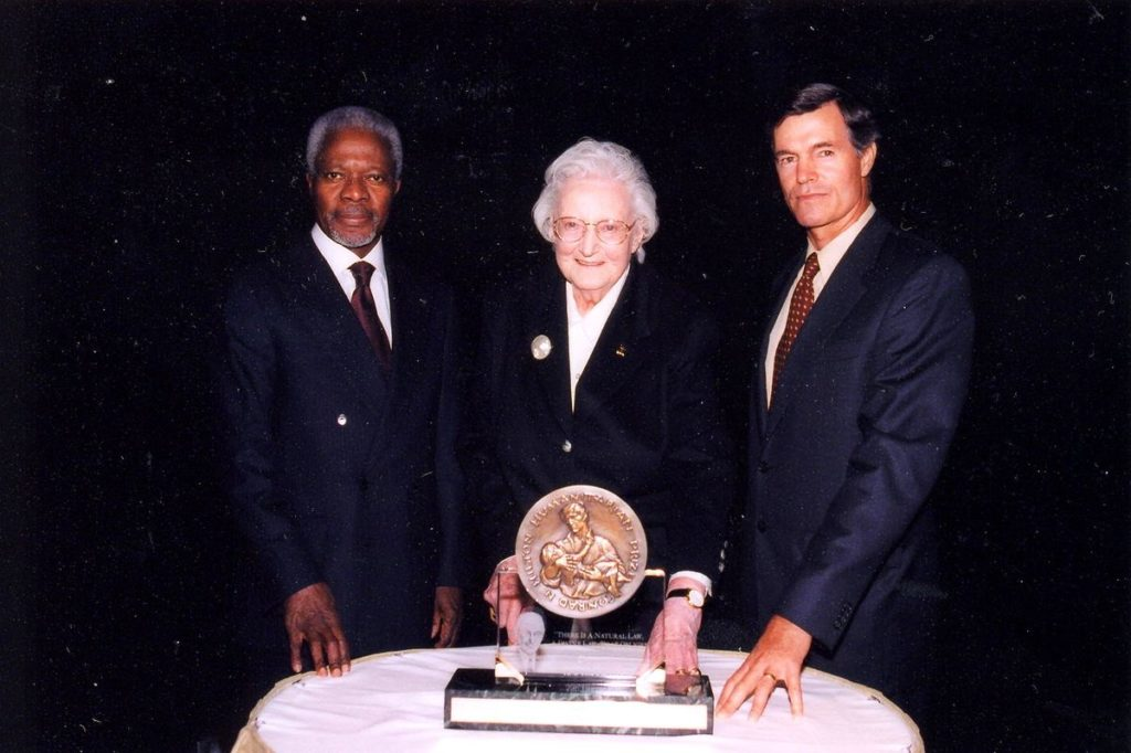 Image of 2001 Hilton Humanitarian Prize winner St. Christopher's Hospice