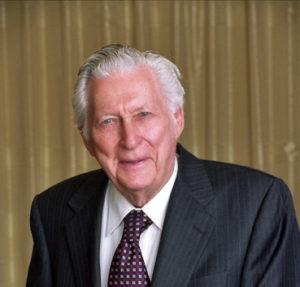 Donald H. Hubbs (1918 – 2021)